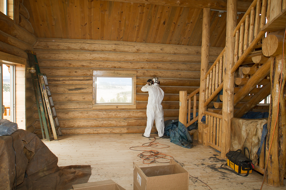 interior log walls and sanding to remove water stains the log home neighborhood. Black Bedroom Furniture Sets. Home Design Ideas